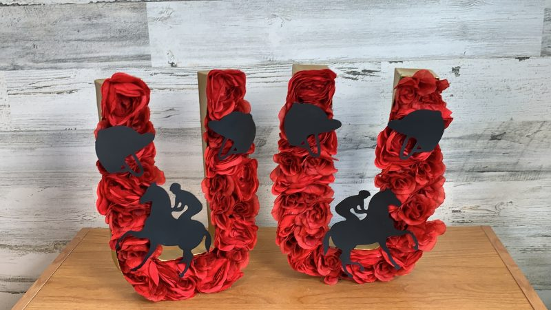 Finished Derby Day Horseshoe roses project